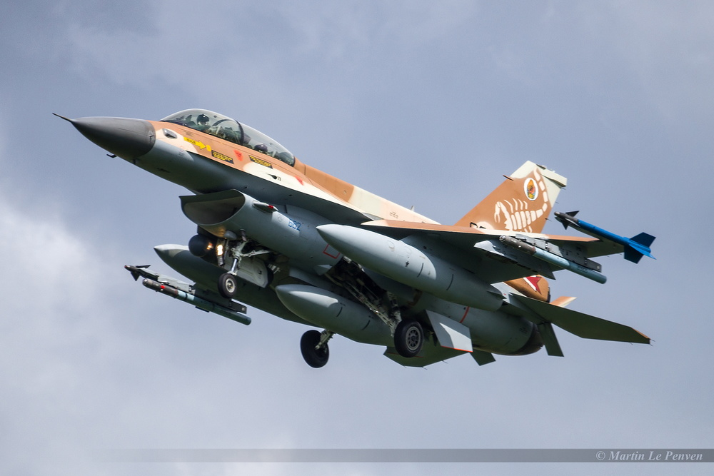 General Dynamics F-16D Barak Israël Air Force 682